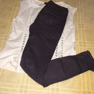 AMERICAN EAGLE OUTFITTERS PURPLE SKINNY JEANS.